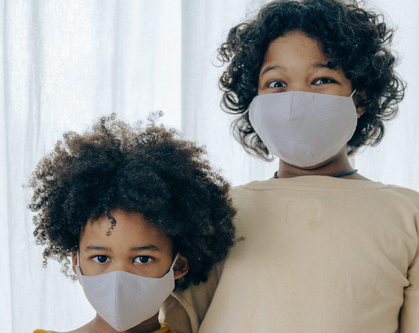 儿童戴口罩